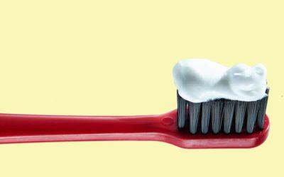 El triclosán se acumula en su cepillo de dientes y podría ser un riesgo para su salud
